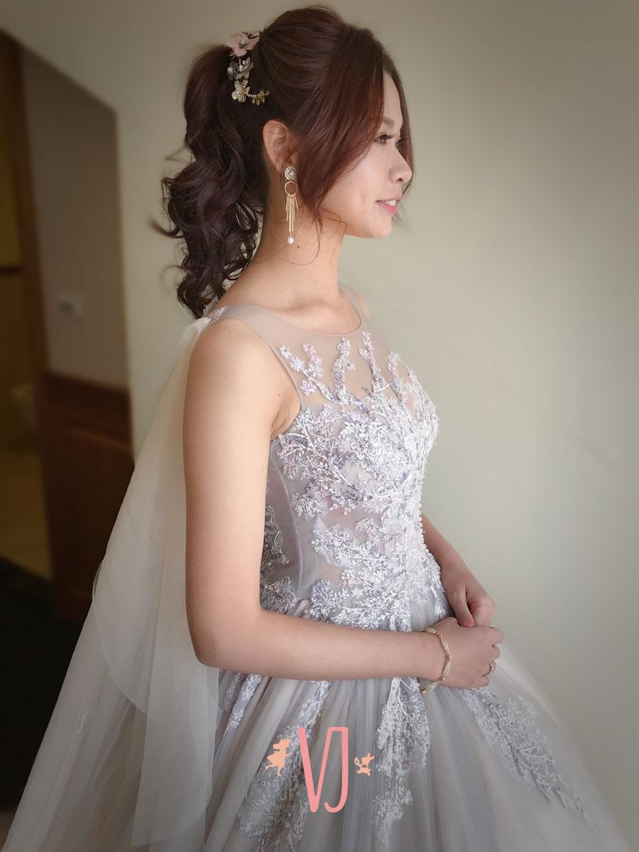 VIVI新娘美伶