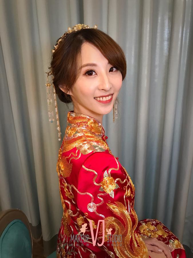 VIVI新娘云妤