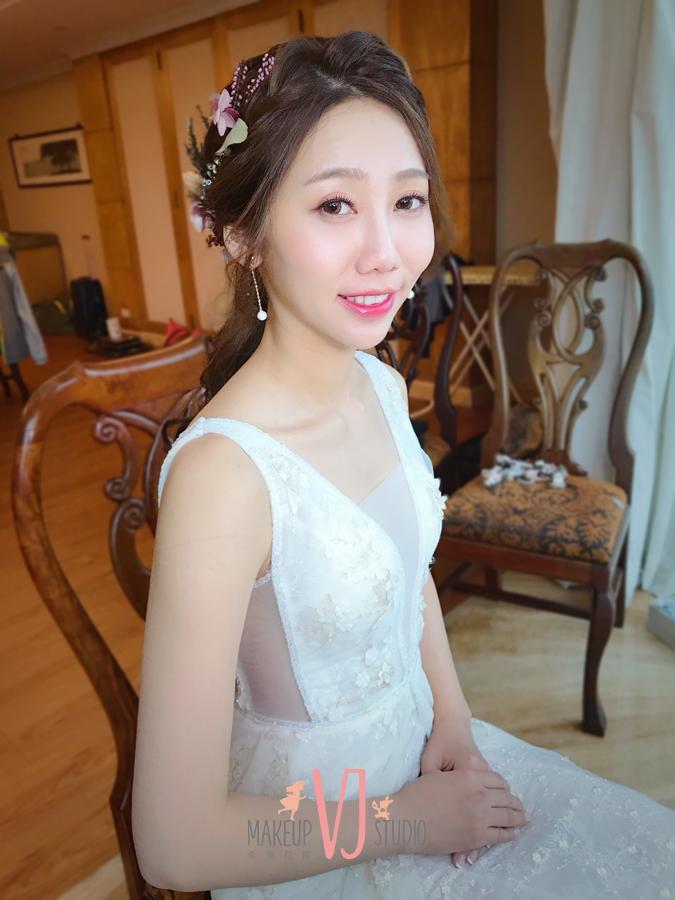 VIVI新娘懿涵