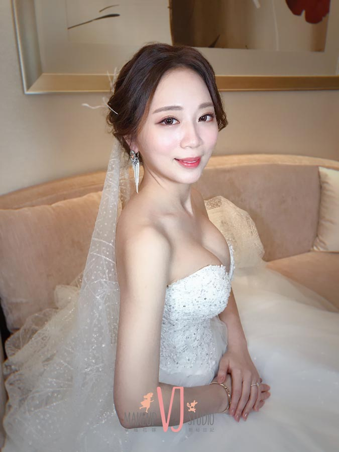 VIVI新娘雅涵