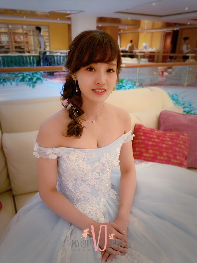 VIVI新娘小麗