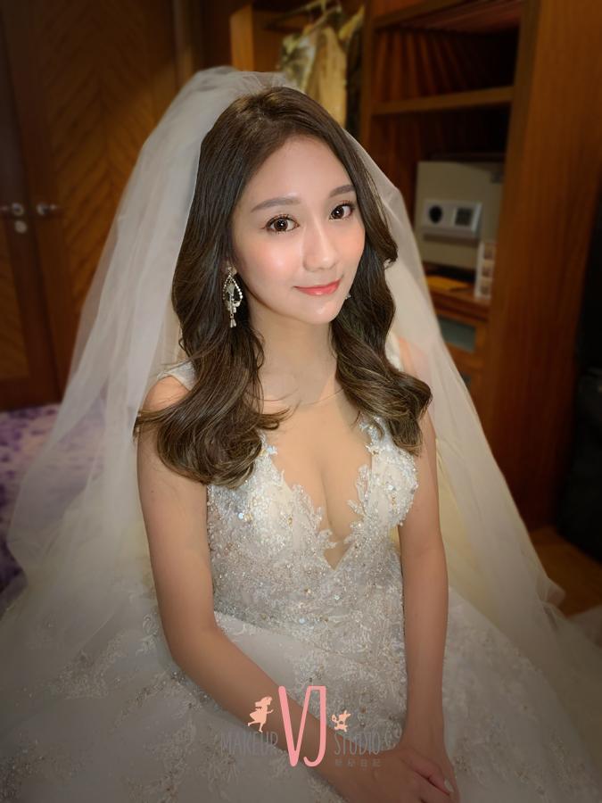 VIVI新娘曉萱