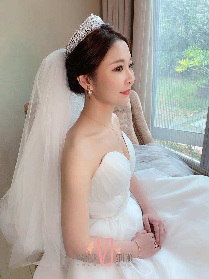 VIVI新娘晏姍