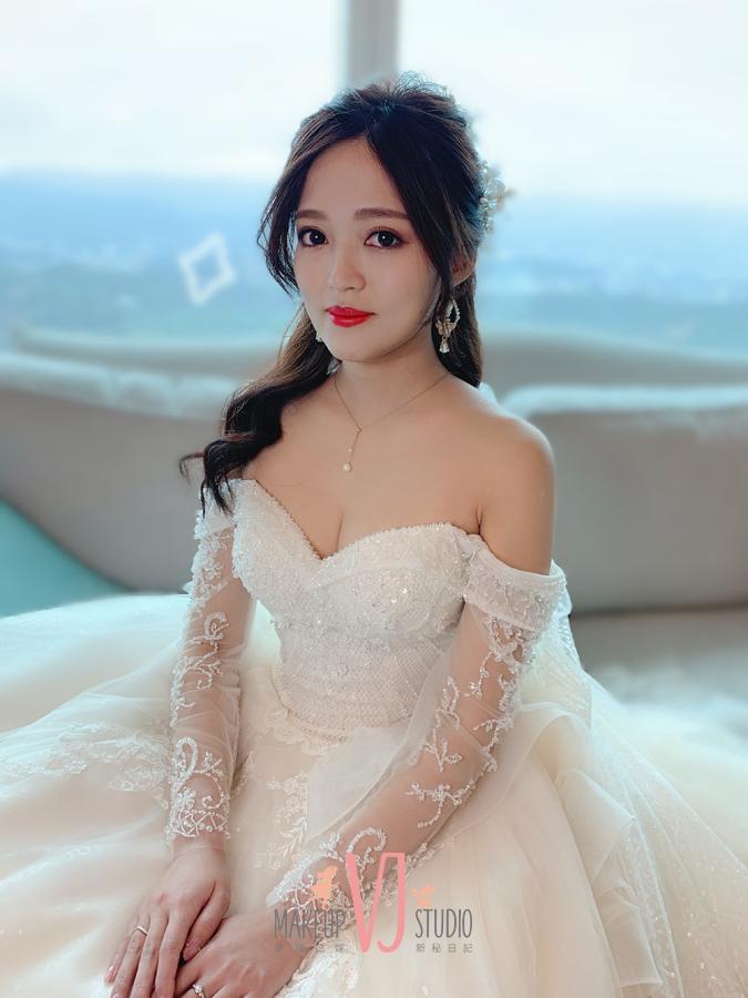 VIVI新娘晏如